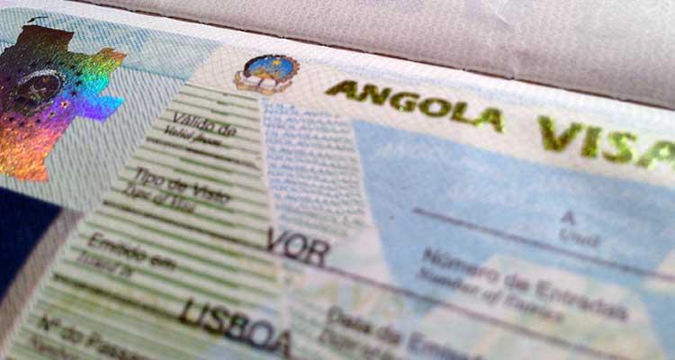 Vistos falsos, portugueses barrados - Folha 8