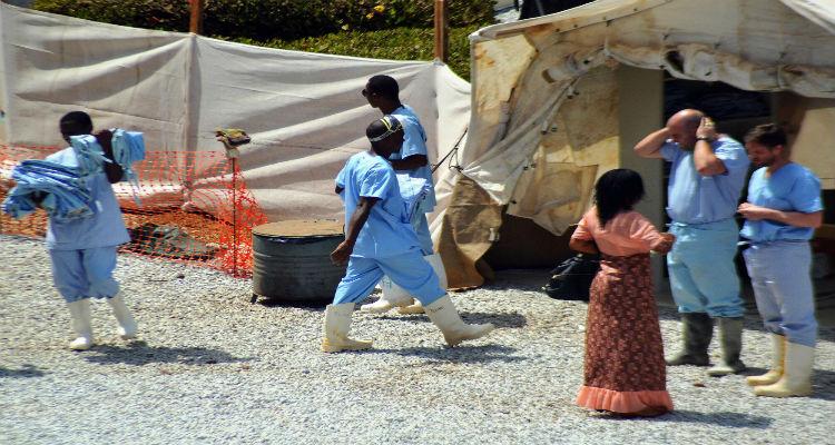 Quatro meses para controlar surto do Ébola