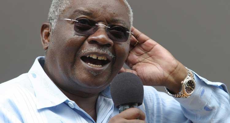Frelimo quer para Dhlakama o que o MPLA fez a... Savimbi