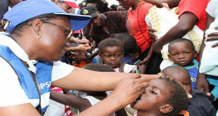 Campanha de vacinação contra a poliomielite - Folha 8