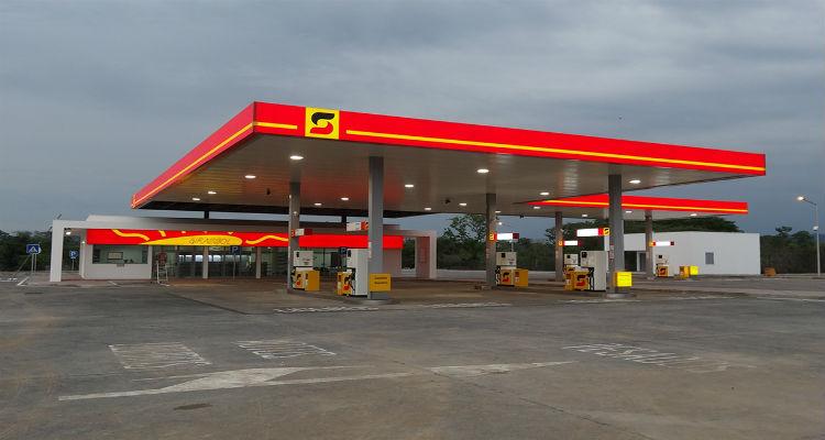 Preço da gasolina e do gasóleo aumenta 20% - Folha 8