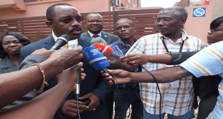 CASA-CE acusa INABE de usar bolsas de estudos para fins políticos