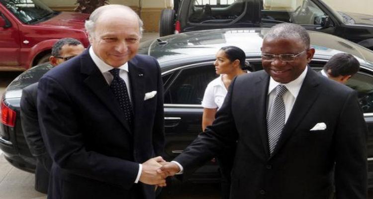 Paris e Luanda simplificam vistos para empresários - Folha 8