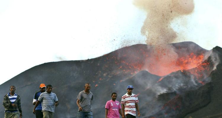 Nova ajuda de Angola a Cabo Verde - Folha 8