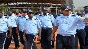 Polícia Nacional expulsou 93 agentes - Folha 8
