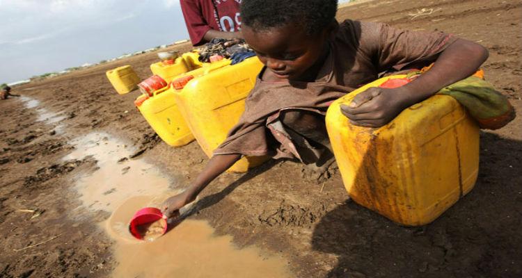 Dois em cada cinco africanos sem acesso a água potável - Folha 8