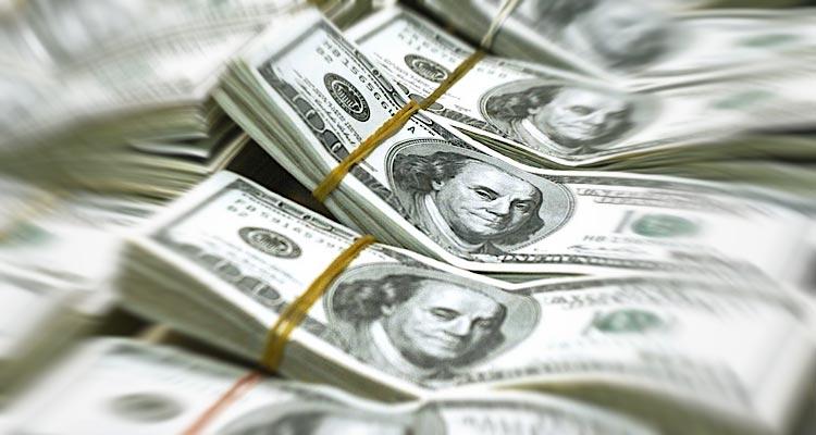 Venda de divisas em alta - Folha 8