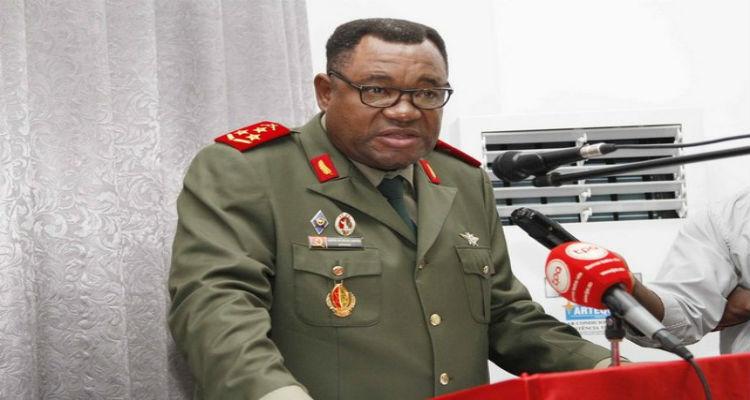 general-disciplina-angola
