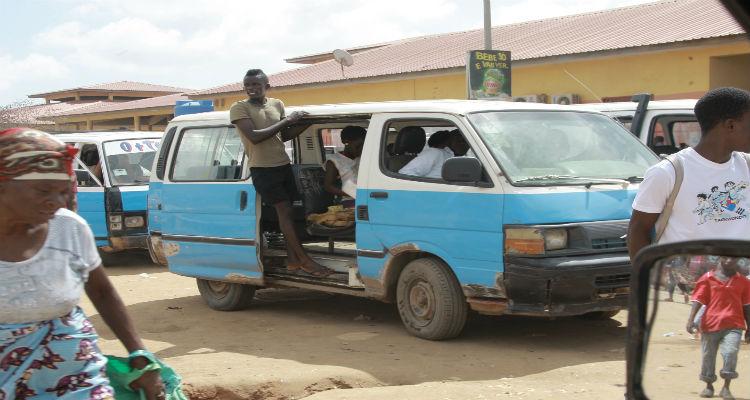 taxis-luanda