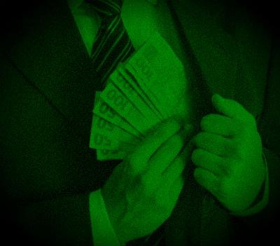 Desde que haja dinheiro, vale tudo num país em que nem as suas Forças Armadas escapam.