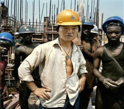 Os chineses continuam a estar em todas. Investir no regime de Eduardo dos Santos é fácil, barato e dá milhões.