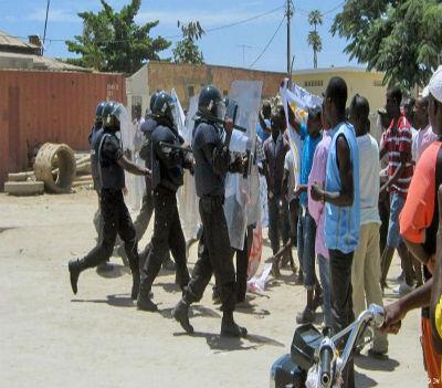 Direitos Humanos? O que é isso, perguntam as forças policiais e militares do regime de Eduardo dos Santos.