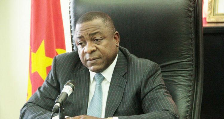 Angola é o MPLA o MPLA é Angola - Folha 8