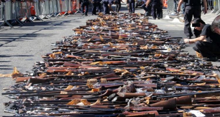 Mais de 91 mil armas de fogo recolhidas desde 2008 - Folha 8