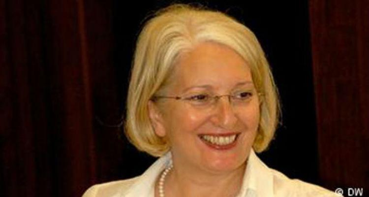 Faleceu a historiadora Dalila Cabrita Mateus - Folha 8