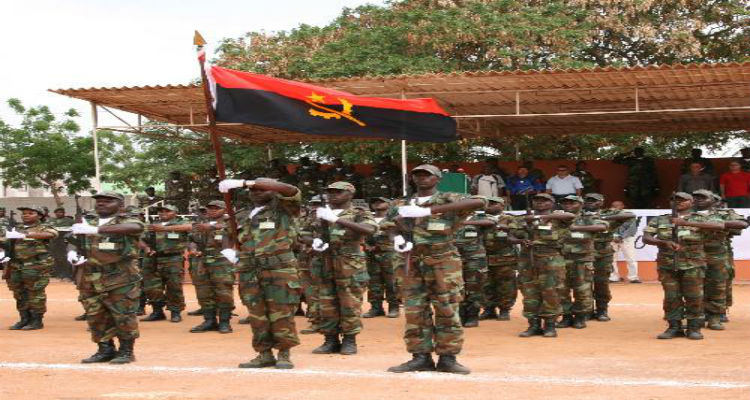 Defesa portuguesa forma mais de 120 quadros angolanos