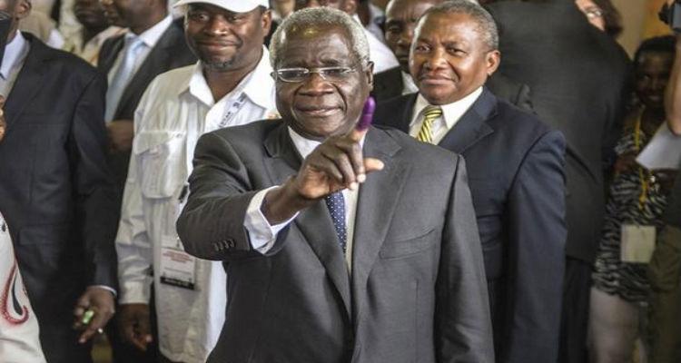 Como esperado, Frelimo acusa Dhlakama de violar acordo de paz - Folha 8