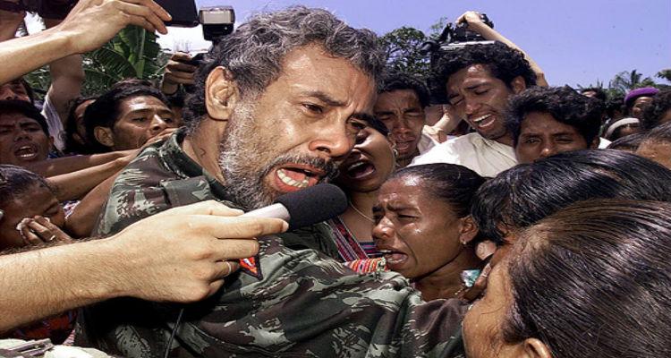 Político na guerrilha, guerrilheiro na política - Folha 8