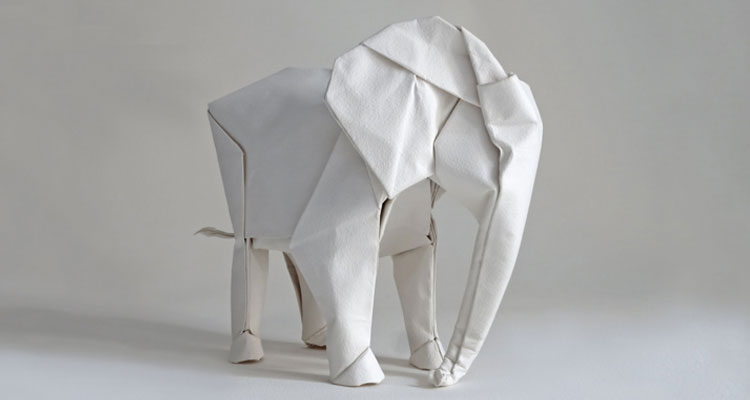 """Cinco mil milhões e um """"Elefante Branco"""" - Folha 8"""