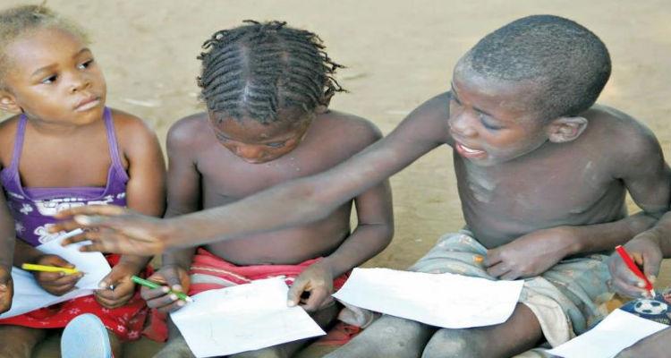 Só 7% das crianças em Luanda têm acesso às refeições escolares - Folha 8