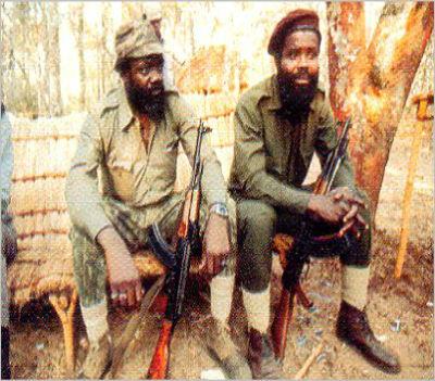 Ao contrário de Savimbi, Puna preferiu ser escravo comendo lagosta do que livre comendo mandioca