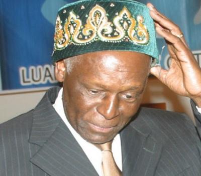 As eleições autárquicas terão lugar quando sua majestade o rei muito bem entender.
