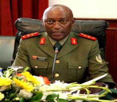 Com a experiência adquirida no assassinato do seu ex-patrono, Jonas Savimbi, o Chefe de Estado Maior General das Forças Armadas Angolanas, general Geraldo Sachipengo Nunda, põem em ordem qualquer país…