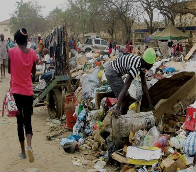 O lixo constitui um importante património do regime de José Eduardo dos Santos.