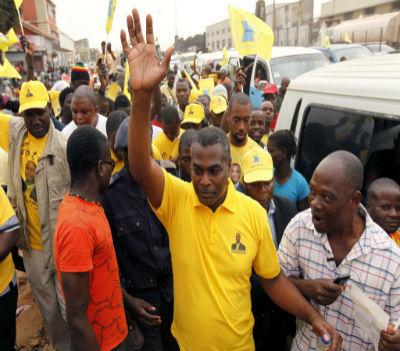Os angolanos poderão ganhar novo ânimo para votar em consciência. A responsabilidade do líder da CASA-CE é grande.